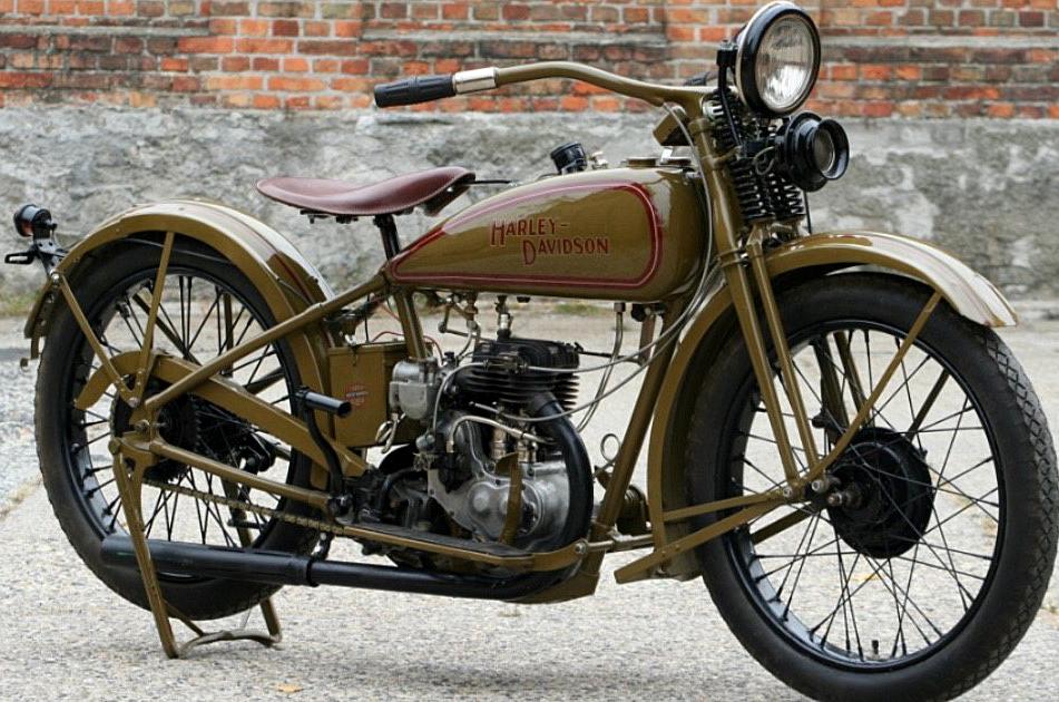 Oldtimers op motorbeurs