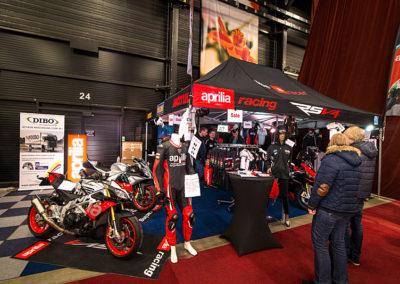 Dé Noordelijke Motorbeurs - Expo Assen: Mooie stand met Aprilia motoren en artikelen